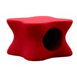 Weiche Mesa Vondom rote Couchtisch