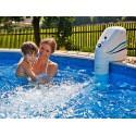 現在アクア ジェット ジェット ストリーム PoolMarina 50 に逆らって泳ぐ