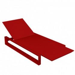 Tumbona de largo marco VONDOM rojo MAT