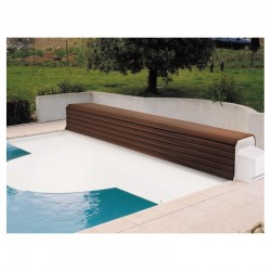 Thermodeck 9x4 automatic pool cover with aluminum and wood reel