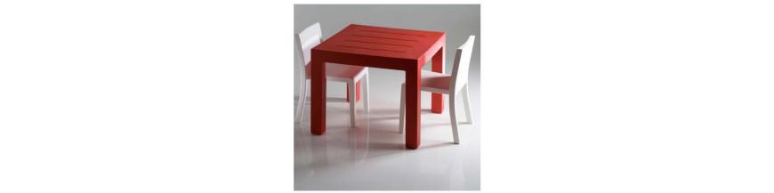 Tische und Stehtische für Garten